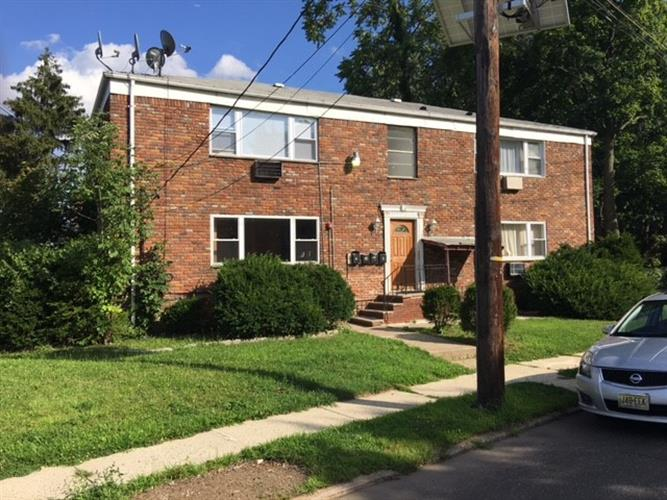 222 Second St #1, Hackensack, NJ 07601