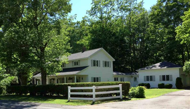 297 COUNTY ROUTE 39, Round Top, NY 12473
