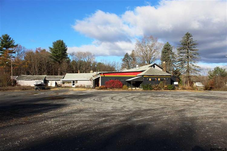 200 EAST HIGH ST, Ballston Spa, NY 12020