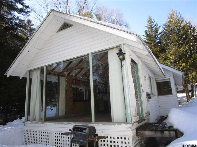 154 GRIFFIN RD, Indian Lake, NY 12842 - Image 1