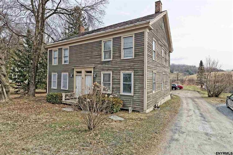 118 STATE ROUTE 372, Cambridge, NY 12816