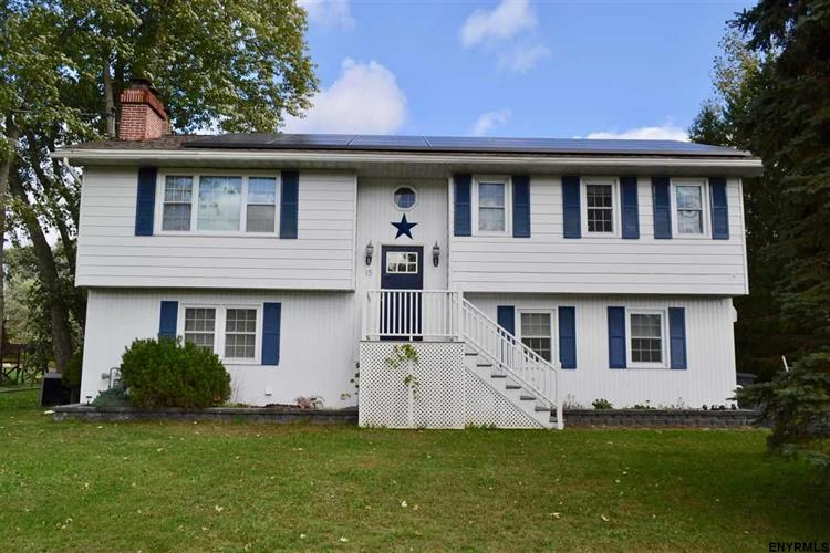 15 SOUTH EAST AV, Johnstown, NY 12095