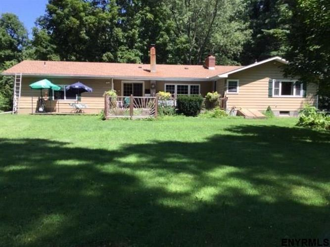 48 RUPERT RD, Selkirk, NY 12158 - Image 1