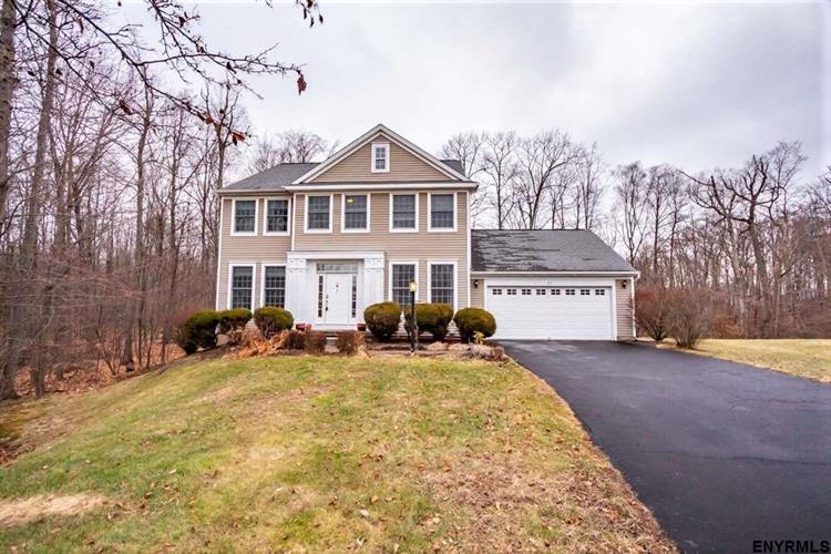 33 STERLING HEIGHTS DR, Clifton Park, NY 12065 - Image 1