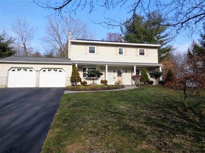 71 APPLE TREE LA, Clifton Park, NY