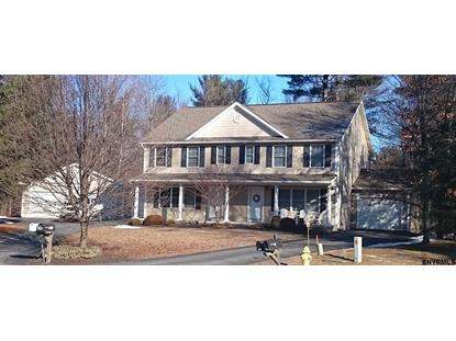 37 CAMBRIDGE DR, Clifton Park, NY