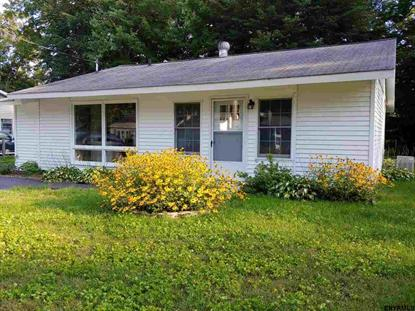 17 CRESTLINE DR, Ballston Spa, NY