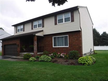 15 WINDSOR DR, Colonie, NY