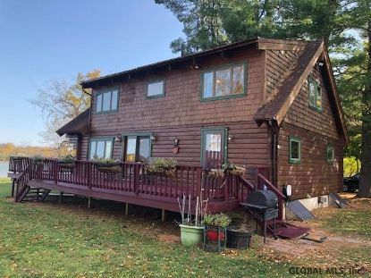 8 BERRY PATCH WAY Crown Point, NY MLS# 202031811