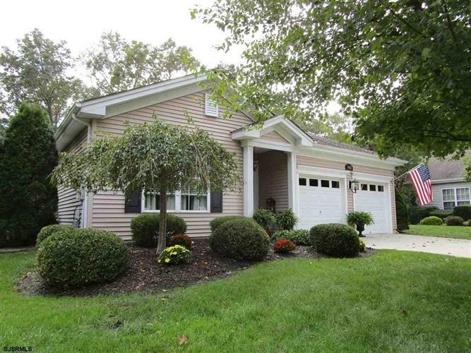 662 Country Club Dr Dr, Galloway Township, NJ 08205