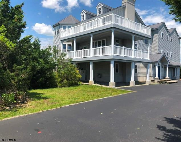 100 Broadway Avenue, Somers Point, NJ 08244
