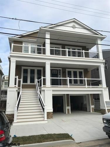 825 Pennlyn Place, 2nd Floor, Ocean City, NJ 08226