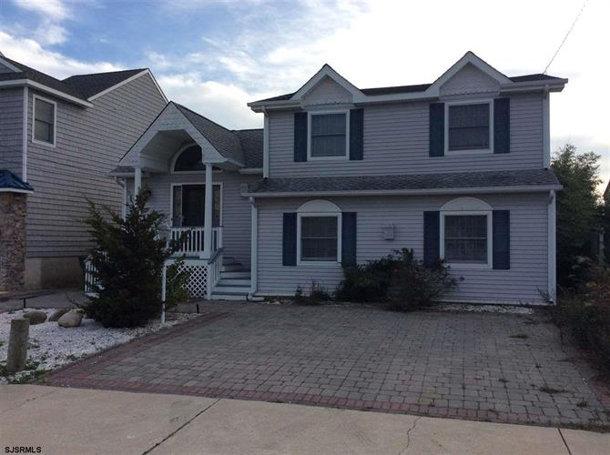 706 W Shore Dr, Brigantine, NJ 08203