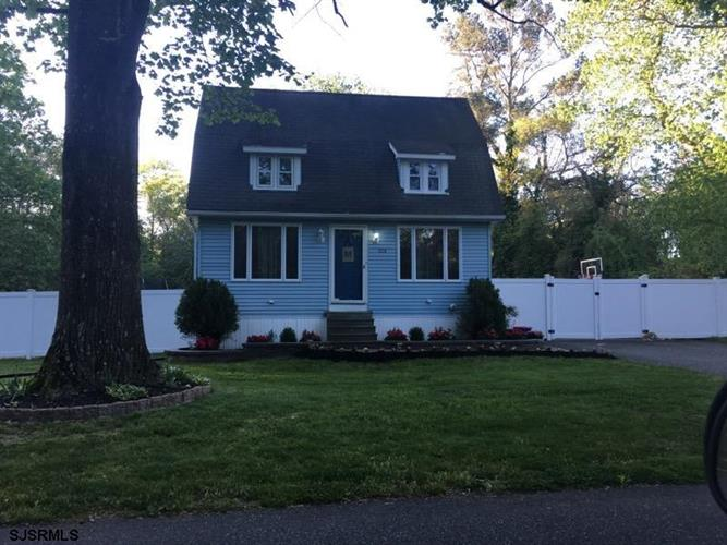 224 Hamburg Ave, Egg Harbor City, NJ 08215