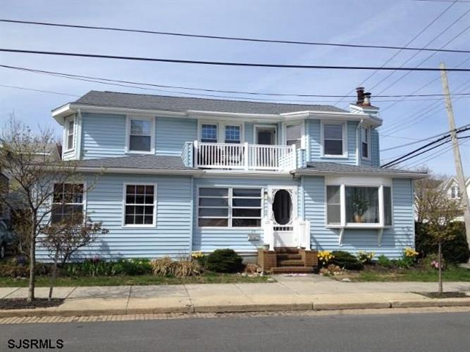 24 N Troy Ave, Ventnor, NJ 08406