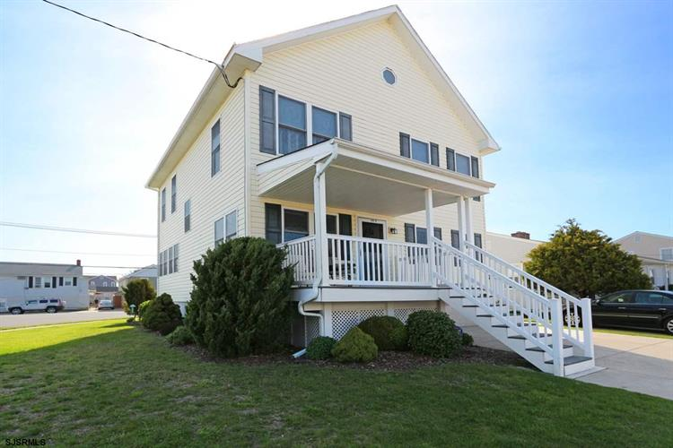 200 N Swarthmore Ave, Ventnor, NJ 08406