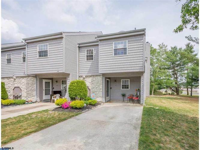 41 Harbor Dr, Hammonton, NJ 08037