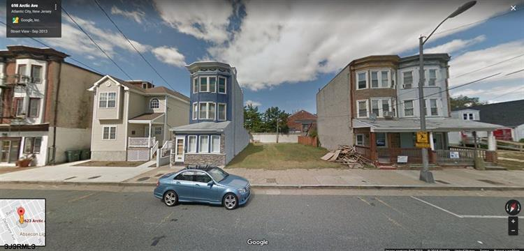 623 Arctic Ave Ave, Atlantic City, NJ 08401