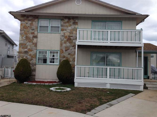 441-443 Berkshire Dr, Ventnor, NJ 08406 - Image 1
