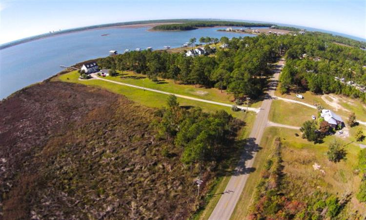 17344 Oyster Bay Road, Gulf Shores, AL 36542