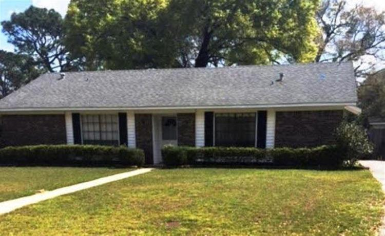 7211 Pine Barren Road, Mobile, AL 36695