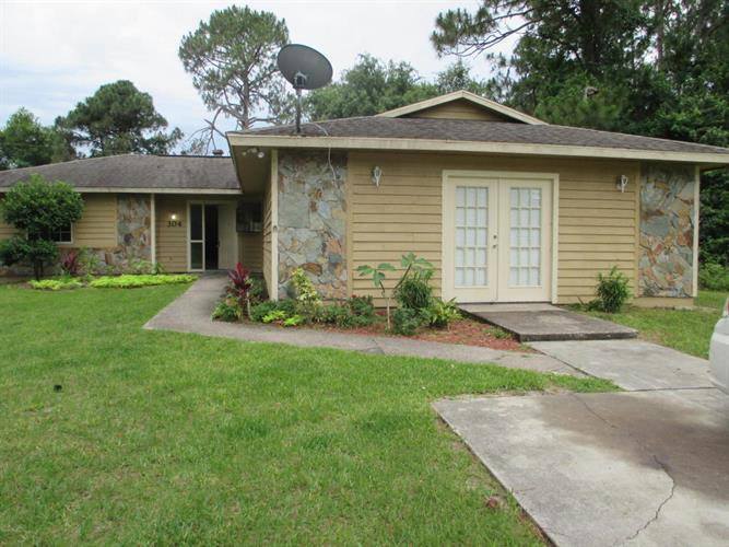 304 SW Tipton Road, Palm Bay, FL 32908