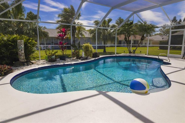 3075 Pineda Crossing Drive, Melbourne, FL 32940