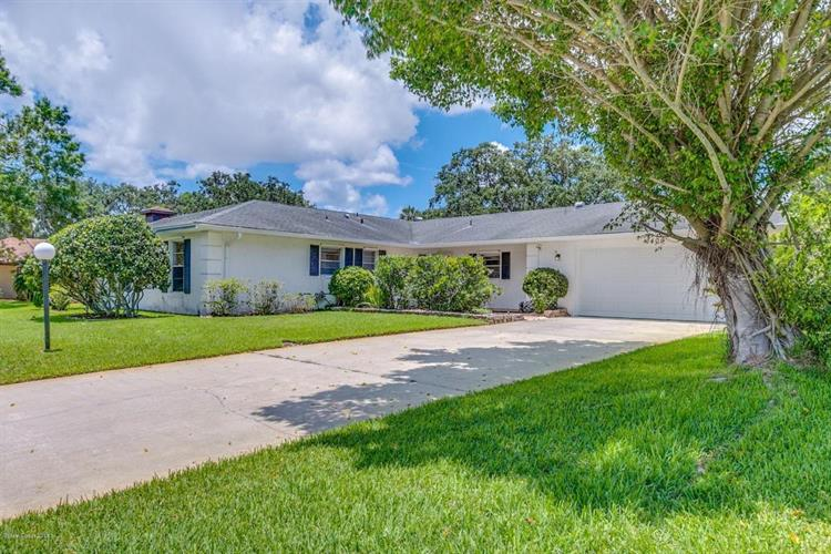 1409 Meadowbrook Road, Palm Bay, FL 32905