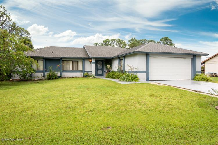 551 Firestone Street, Palm Bay, FL 32907