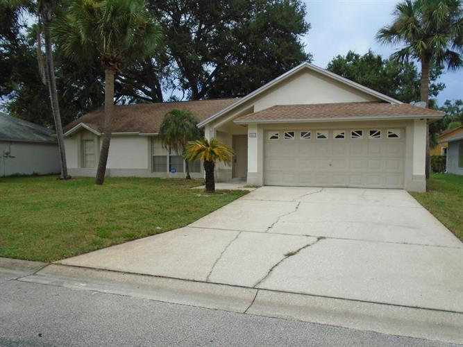2260 Hickory Drive, Melbourne, FL 32935