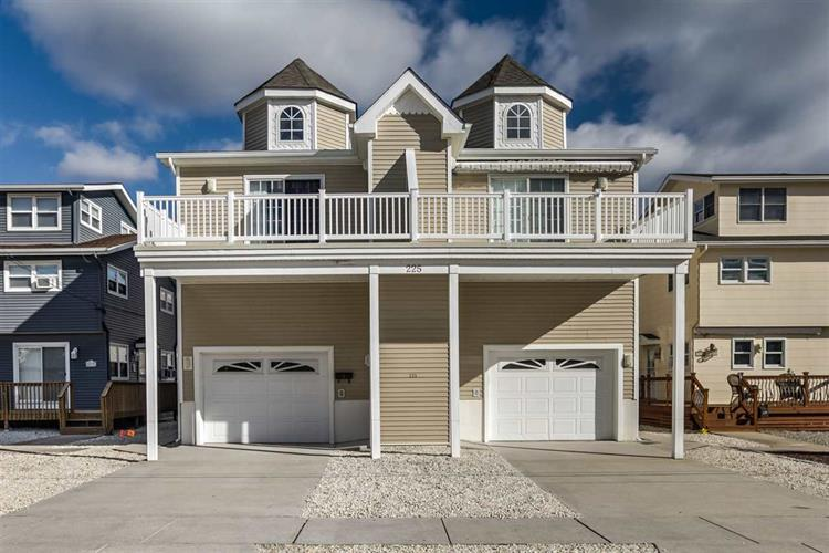 225 W 39th Street, Sea Isle City, NJ 08243