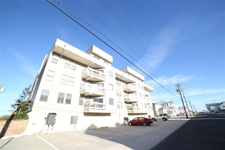 215 SURF AVE, North Wildwood, NJ 08260