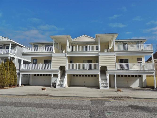 235 E Taylor Avenue, Wildwood, NJ 08260