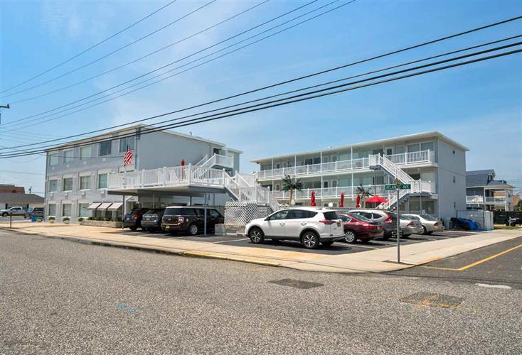 8200 Atlantic Avenue, Wildwood Crest, NJ 08260