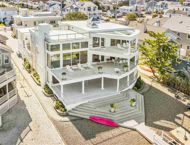 5878 Ocean Drive, Avalon, NJ 08202