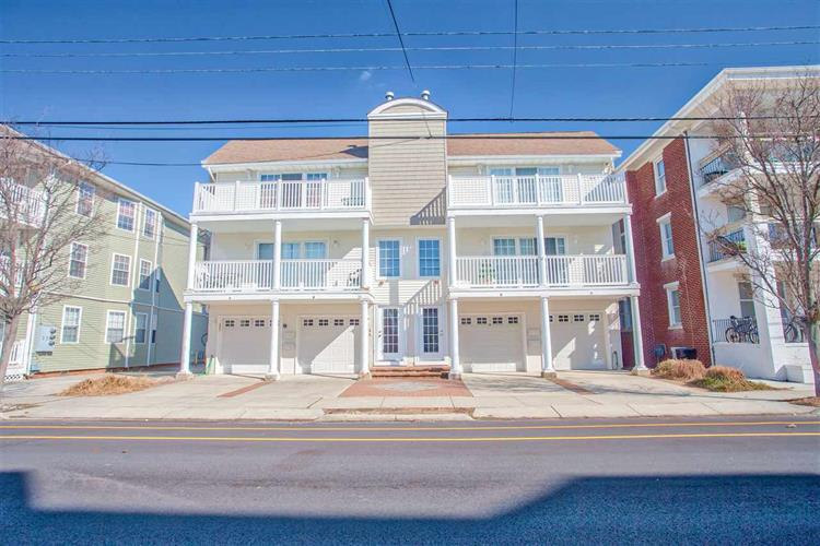 221 E Glenwood Avenue, Wildwood, NJ 08260