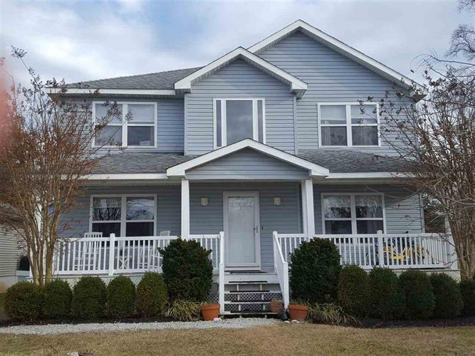 8 N 7th Street, Del Haven, NJ 08251