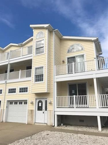 302 39th Street, Sea Isle City, NJ 08243