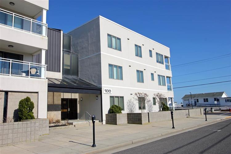 100 96th Street, Stone Harbor, NJ 08247