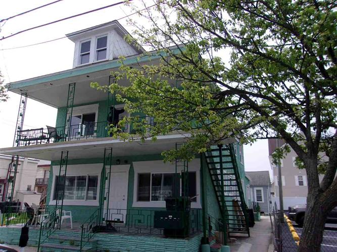 222 E Burk Avenue, Wildwood, NJ 08260 - Image 1