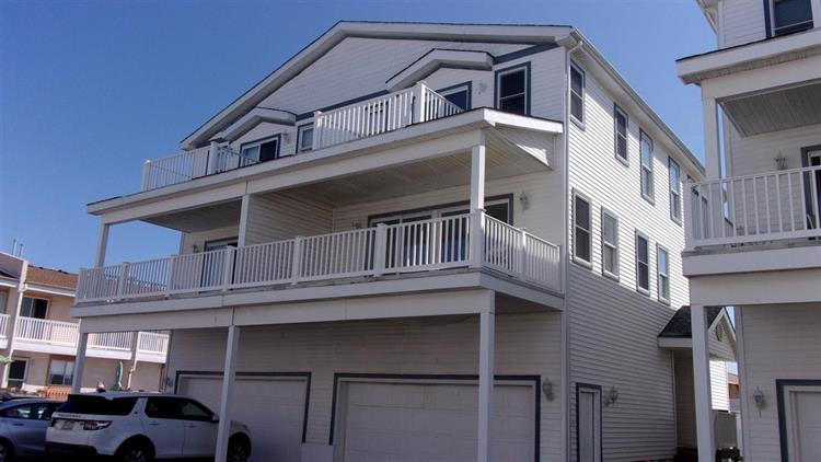 520 Anglesea Drive, North Wildwood, NJ 08260