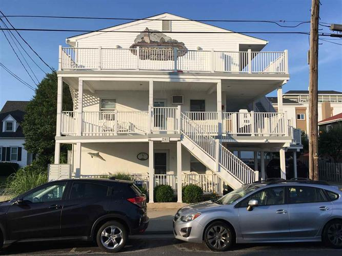 241 E Cresse Avenue, Wildwood, NJ 08260