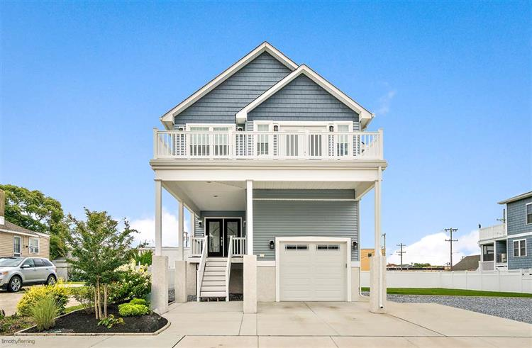 413 W Garfield Avenue, Wildwood, NJ 08260