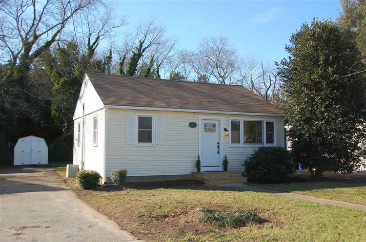 7 Parkway Drive, Cape May Court House, NJ 08210 - Image 1