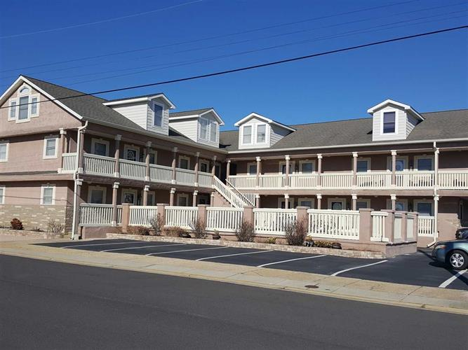 8006 Seaview Avenue, Wildwood Crest, NJ 08260 - Image 1