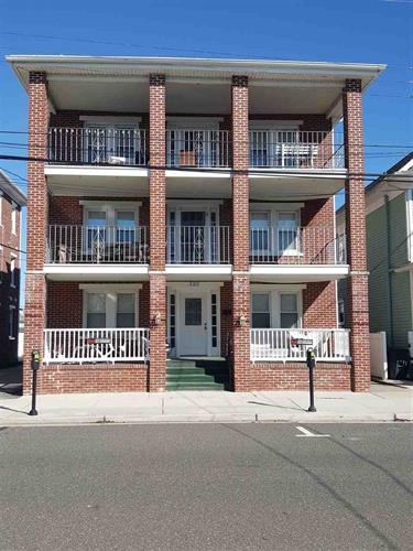 323 E Maple Avenue, Wildwood, NJ 08260 - Image 1