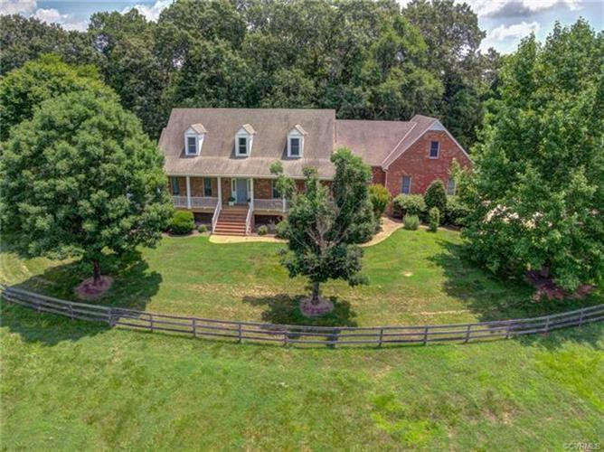 661  Pleasant Green Ln, Crozier, VA 23039