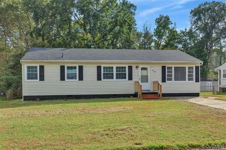 230  Blackwater Dr, Petersburg, VA 23805
