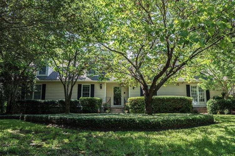 716 Kirk Court, Mount Pleasant, SC 29464