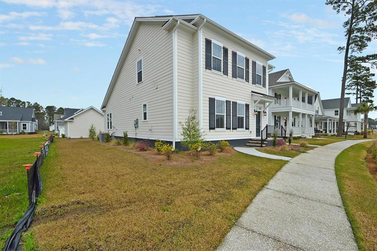 3991 Capensis Lane, Ravenel, SC 29470